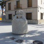 Ayuntamiento de Novelda 03-10-150x150 L'escultura d'una Menina de grans dimensions adorna ja  la futura Plaza Piedra Bateig en L'Estació